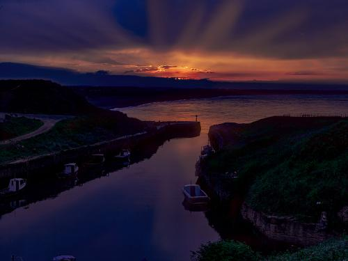 Seaton Sluice sunset